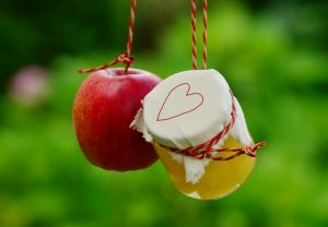 The Amazing Health Benefits of Apples